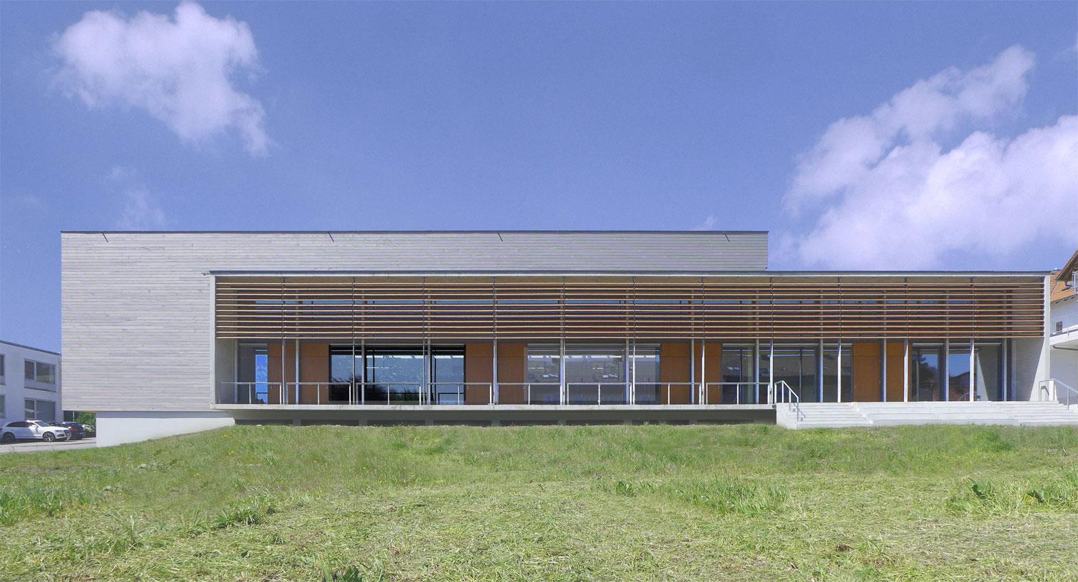 Sportbauten Mehrzweckhalle Neukirch 1b